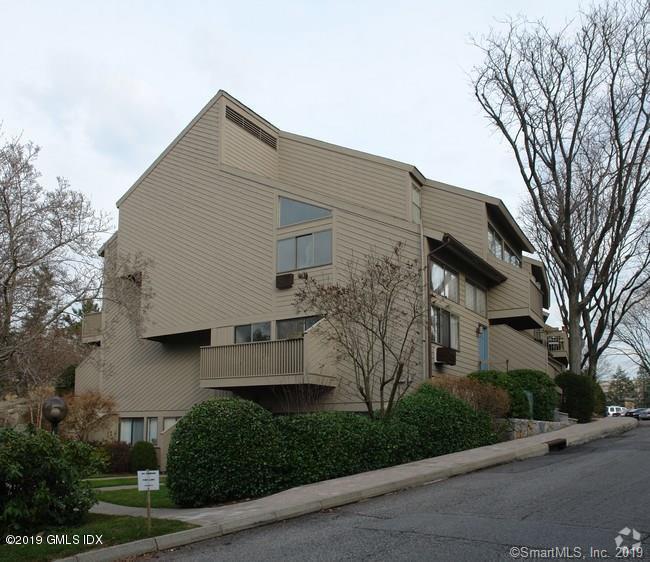 1465 E Putnam Avenue, #307, Old Greenwich, CT 06870