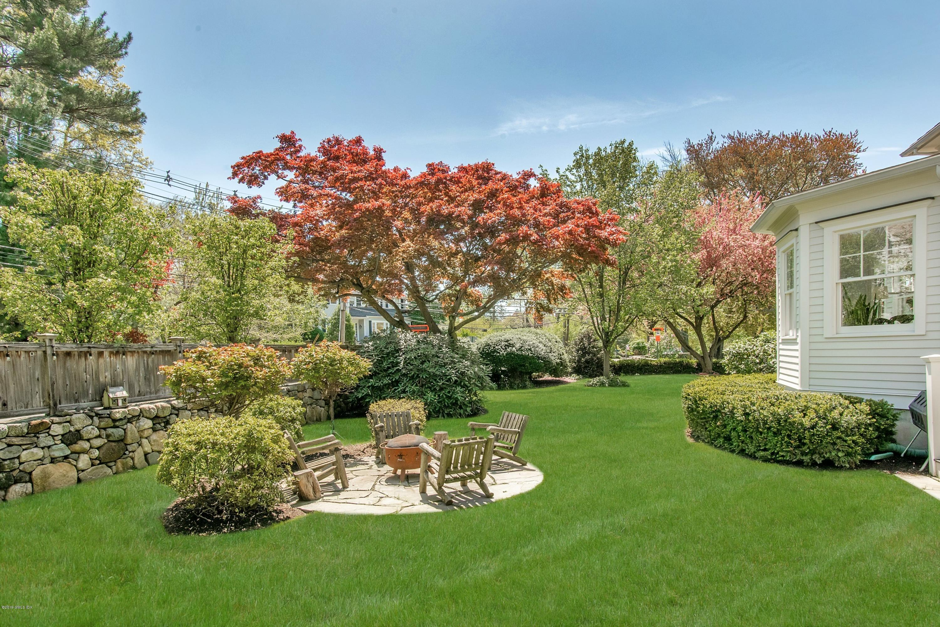 64 Lockwood Avenue, Old Greenwich, CT 06870