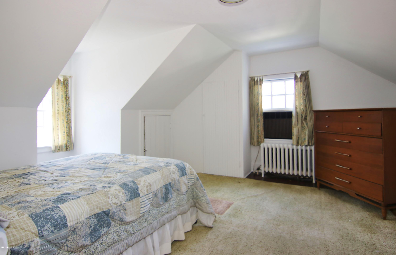 48 Van Rensselaer Avenue, Stamford, CT 06902