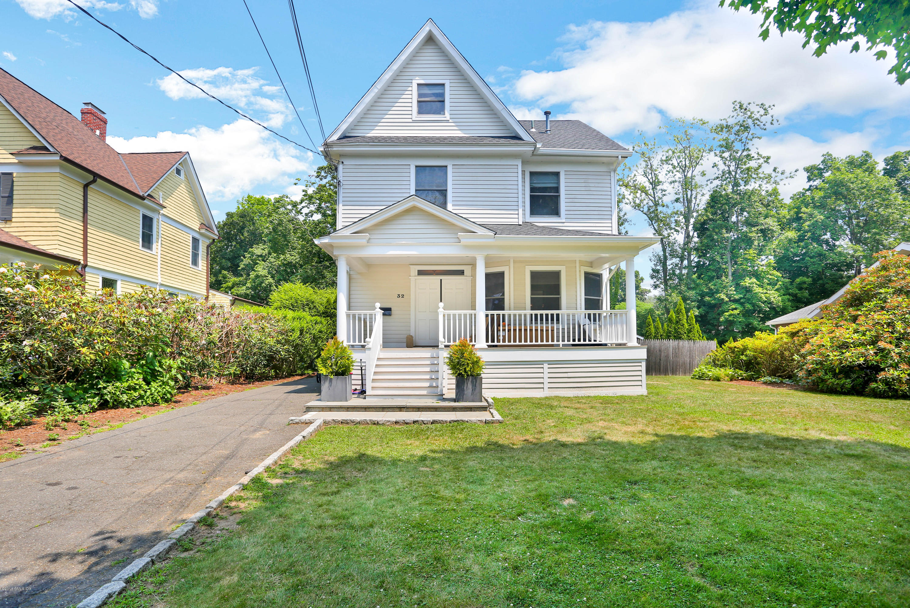 32 Highview Avenue,Old Greenwich,Connecticut 06870,5 Bedrooms Bedrooms,4 BathroomsBathrooms,Single family,Highview,106673