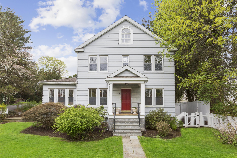 1 Scott Lane,Greenwich,Connecticut 06831,3 Bedrooms Bedrooms,2 BathroomsBathrooms,Single family,Scott,106590