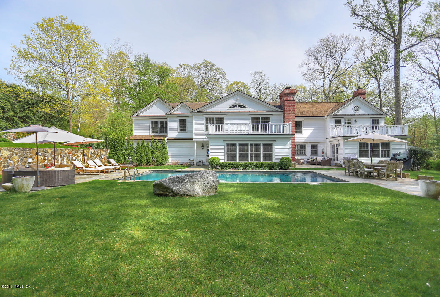 92 Rockwood Lane, Greenwich, CT 06830