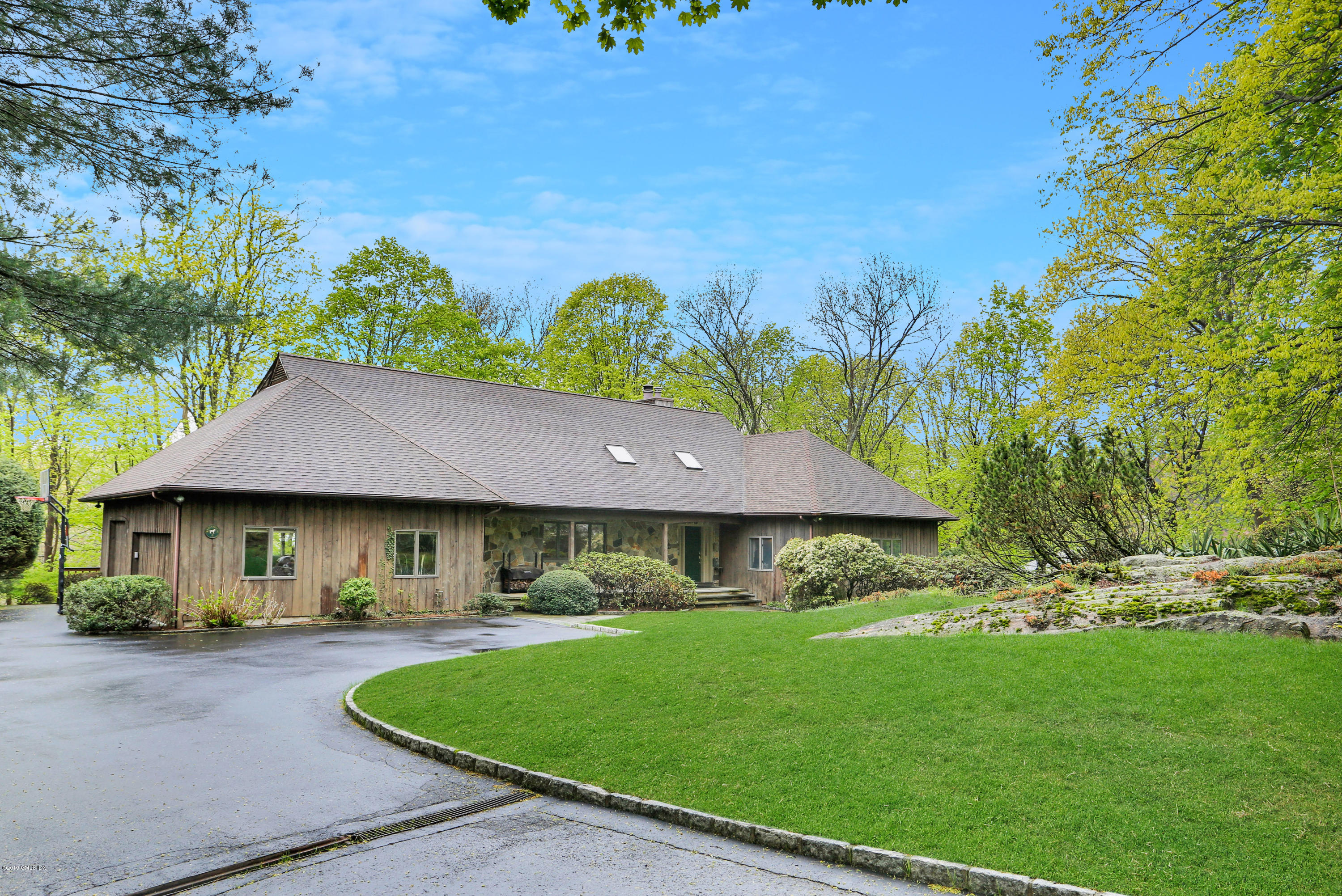 3 Old Farm Lane, Old Greenwich, CT 06870