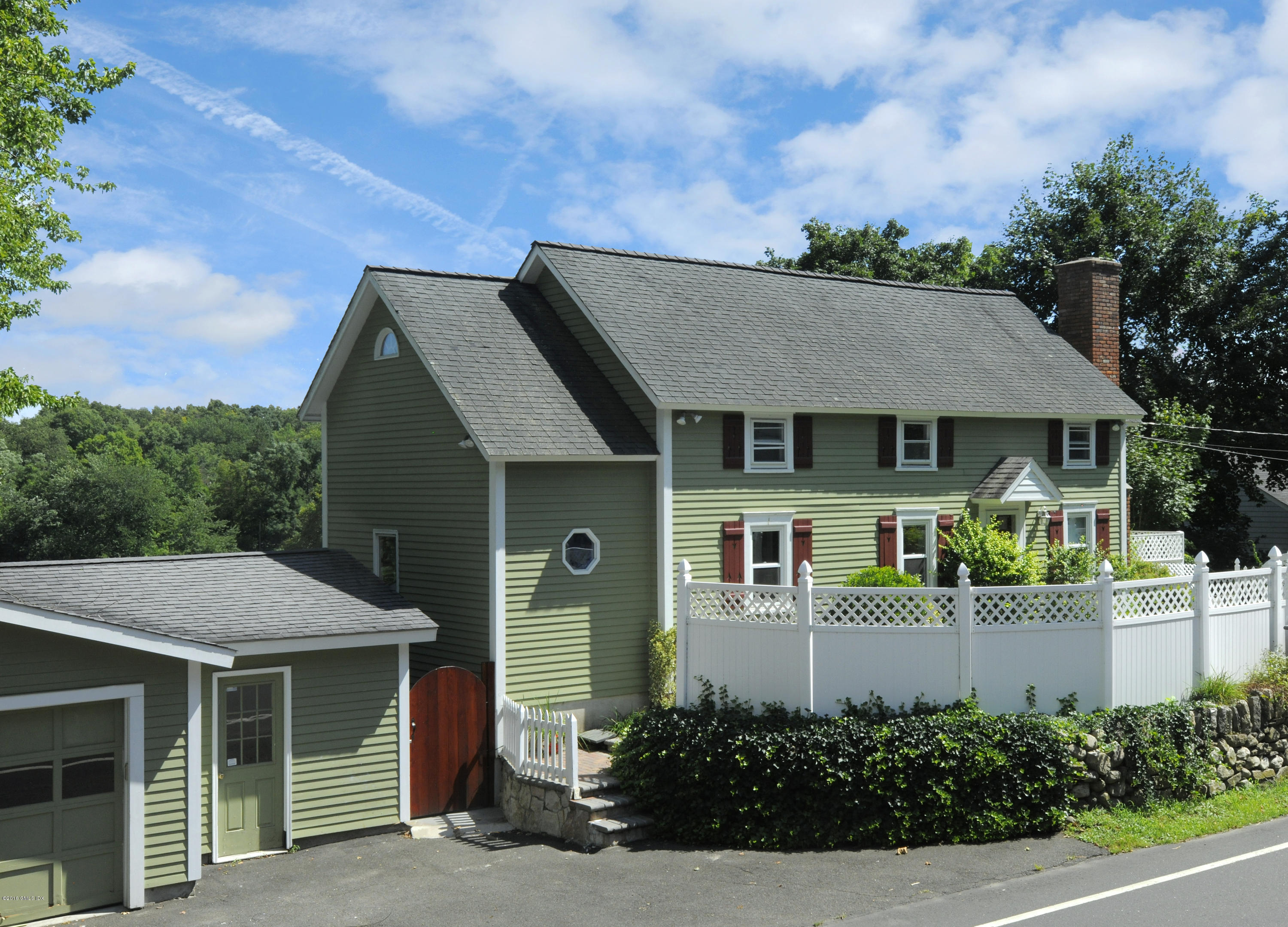 255 Valley Road, Cos Cob, CT 06807