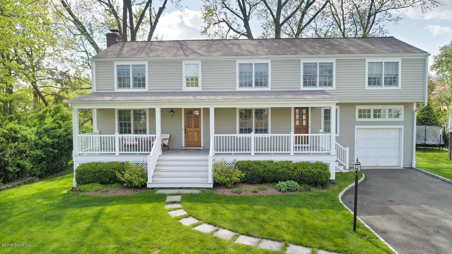 11 Greenwich Cove Drive, Old Greenwich, CT 06870