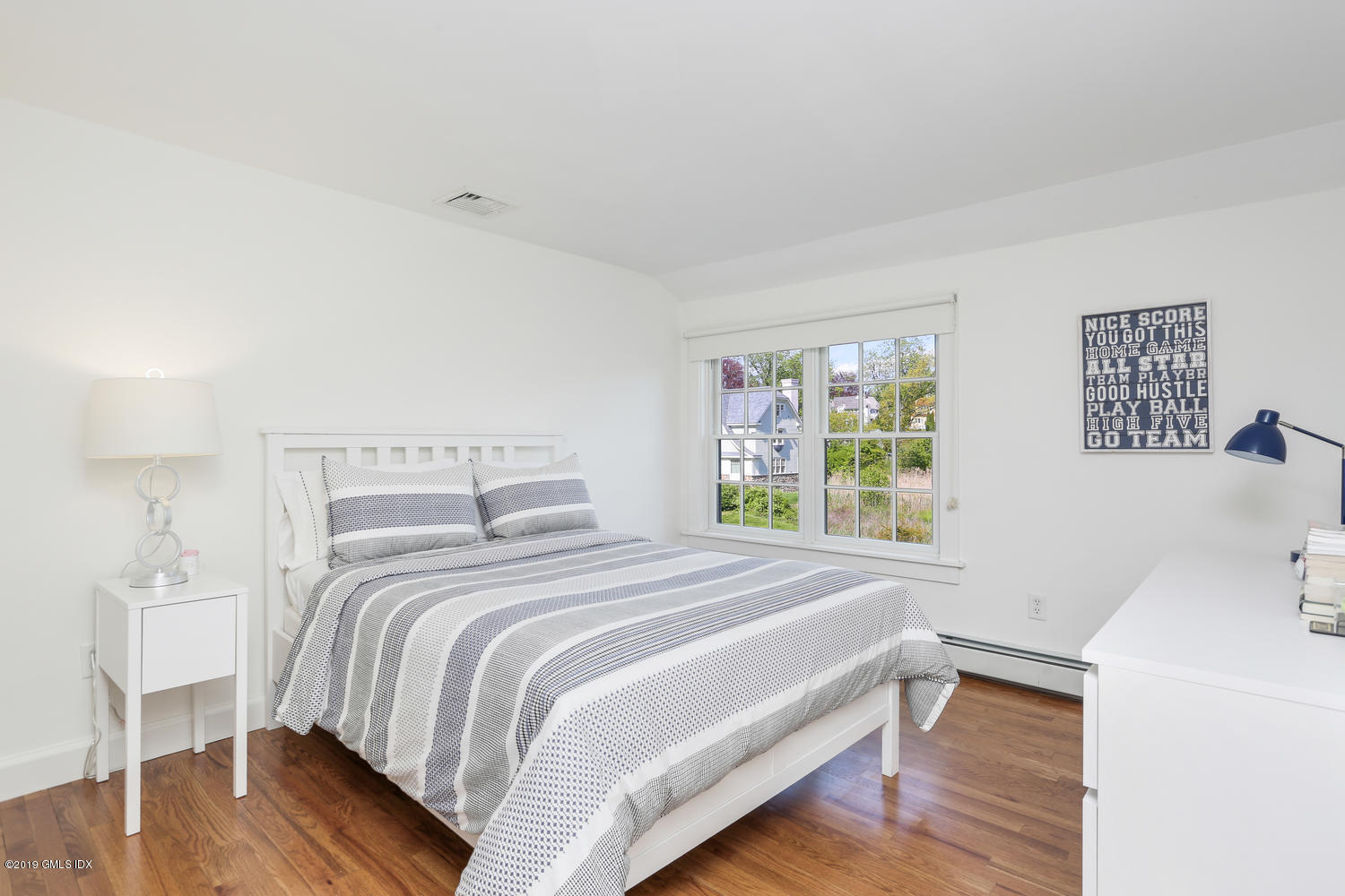 11 Greenwich Cove Drive,Old Greenwich,Connecticut 06870,4 Bedrooms Bedrooms,3 BathroomsBathrooms,Single family,Greenwich Cove,106619