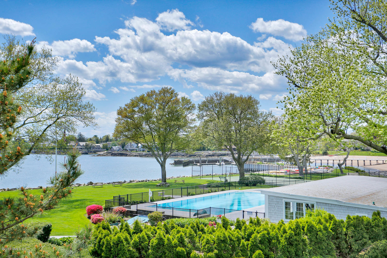 175 Dolphin Cove Quay, Stamford, CT 06902