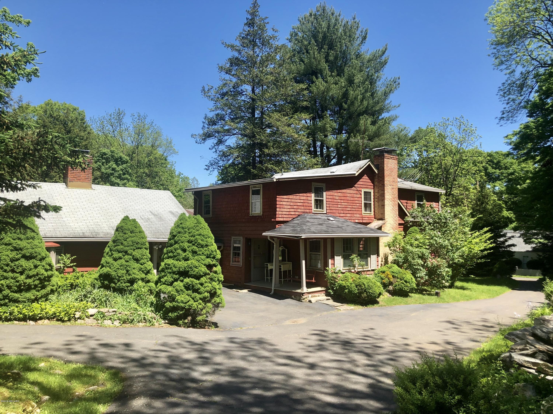 408 Riversville Road,Greenwich,Connecticut 06831,4 Bedrooms Bedrooms,3 BathroomsBathrooms,Riversville,106702