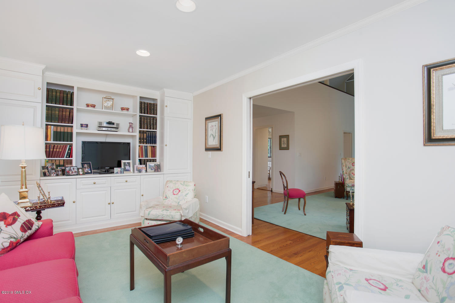 202 W Lyon Farm Drive, #202, Greenwich, CT 06831