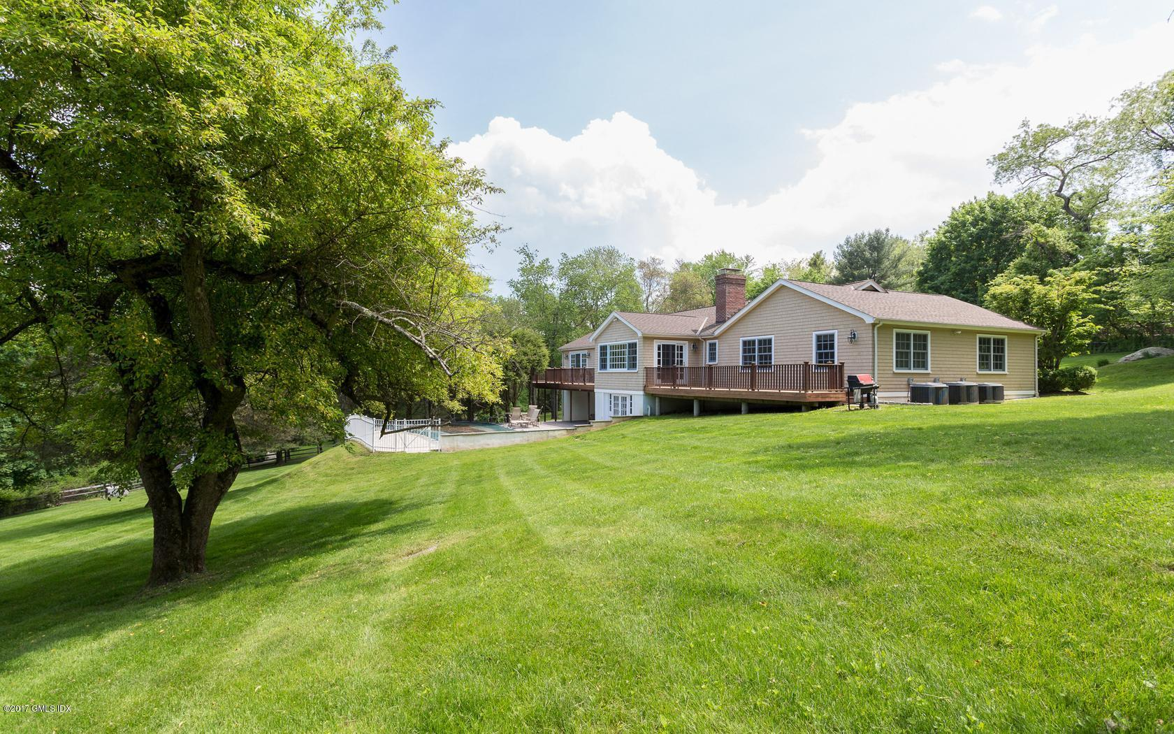 40 Cherry Hill Road, Greenwich, CT 06831