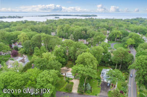 6 Oak Drive, Riverside, CT 06878