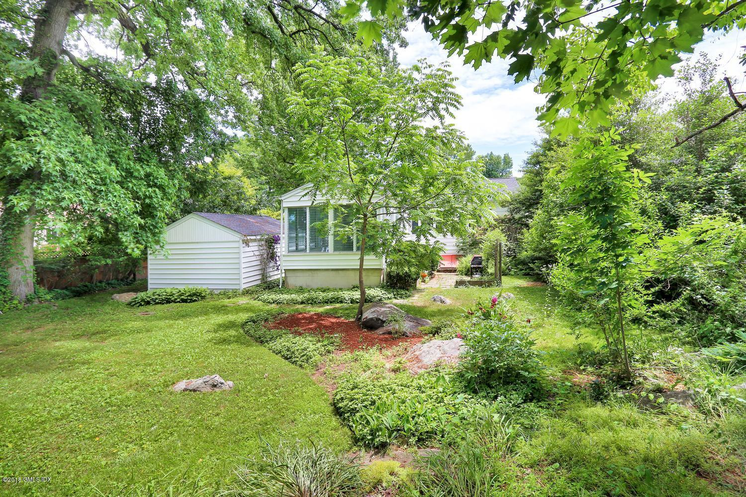 10 Circle Drive Extension, Greenwich, CT 06830