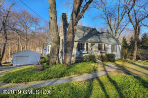 37 Barton Lane, Cos Cob, CT 06807