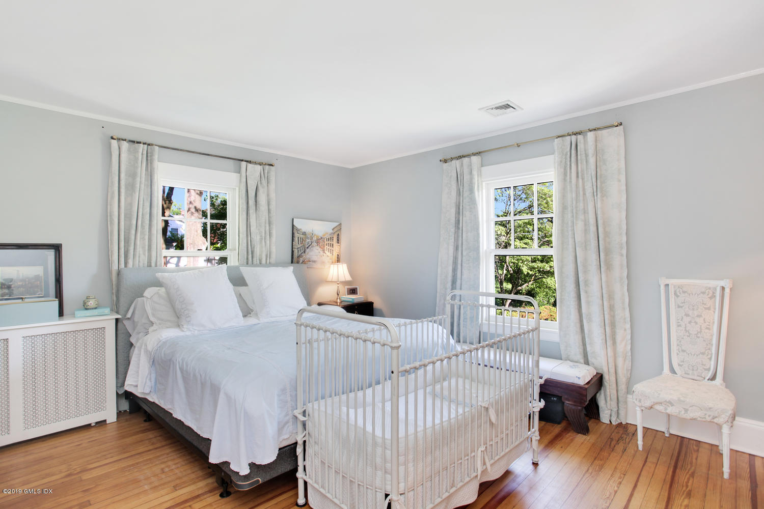 10 Park Avenue, Old Greenwich, CT 06870