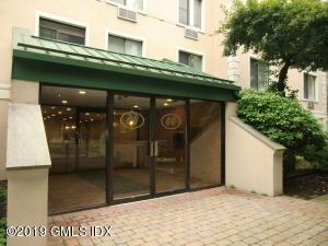 1535 E Putnam Avenue, 101, Old Greenwich, CT 06870
