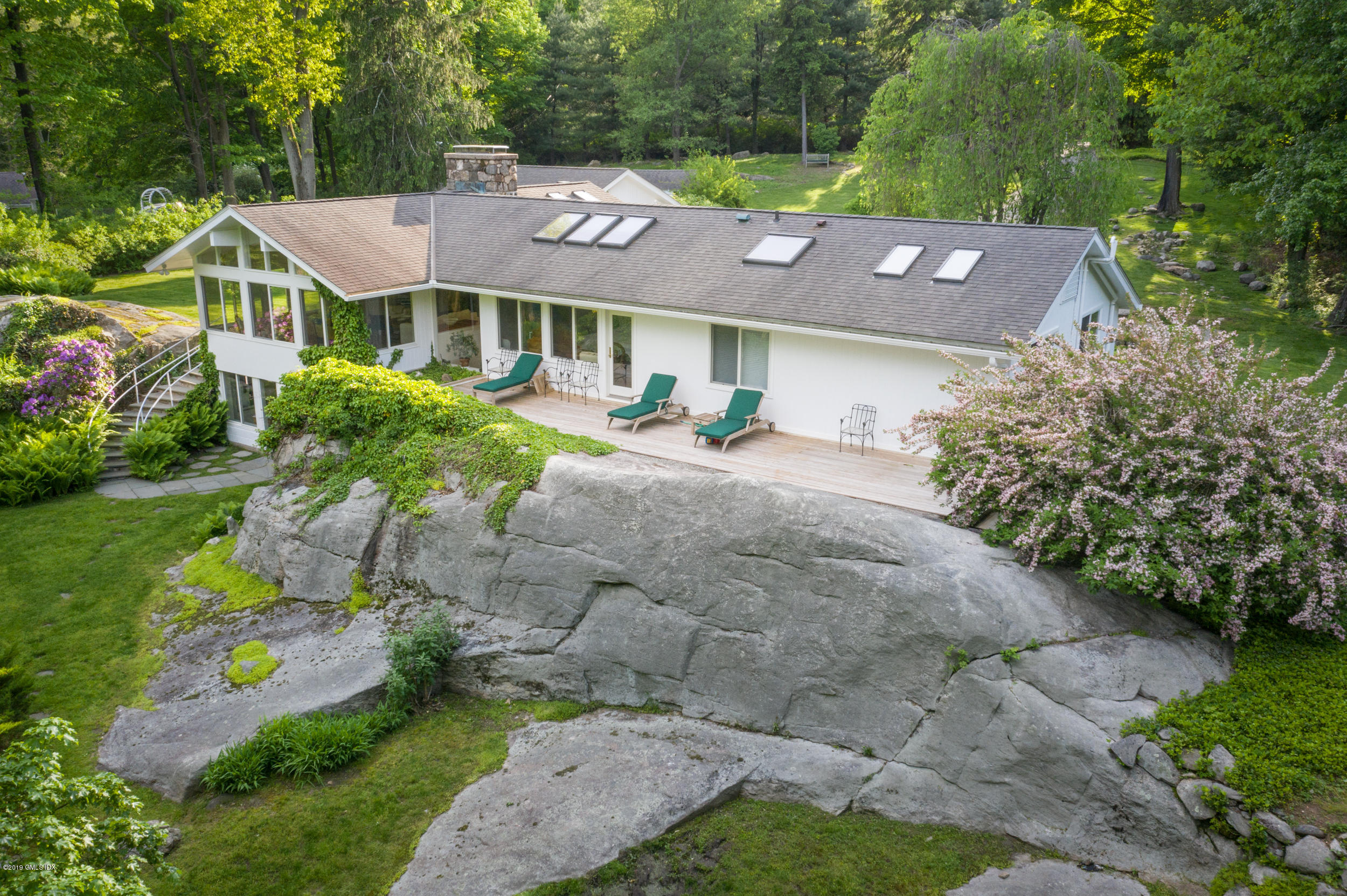 106 Hunting Ridge Road,Greenwich,Connecticut 06831,3 Bedrooms Bedrooms,2 BathroomsBathrooms,Single family,Hunting Ridge,104417