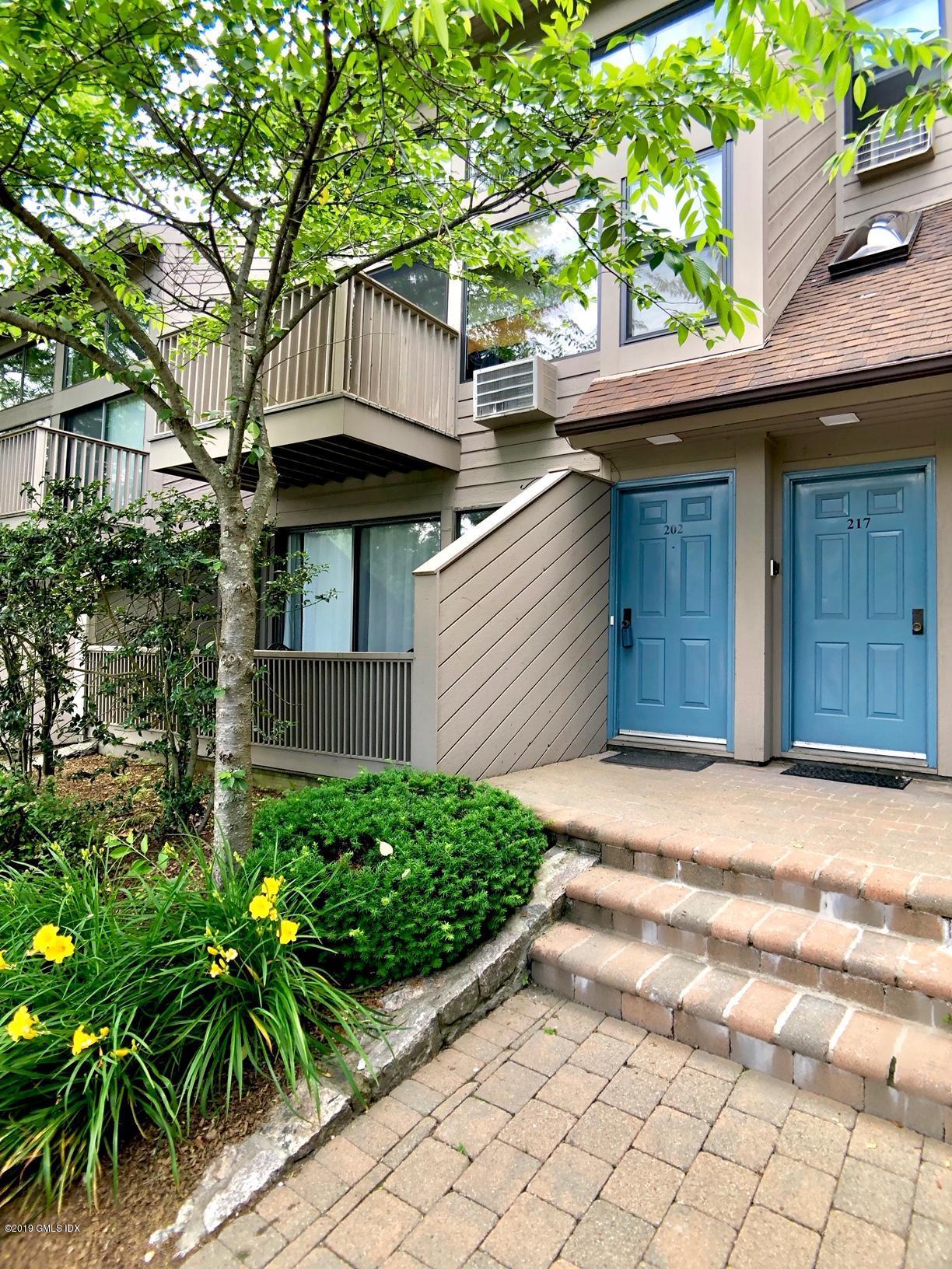 1465 Putnam Avenue,Old Greenwich,Connecticut 06870,1 Bedroom Bedrooms,1 BathroomBathrooms,Condominium,Putnam,107136