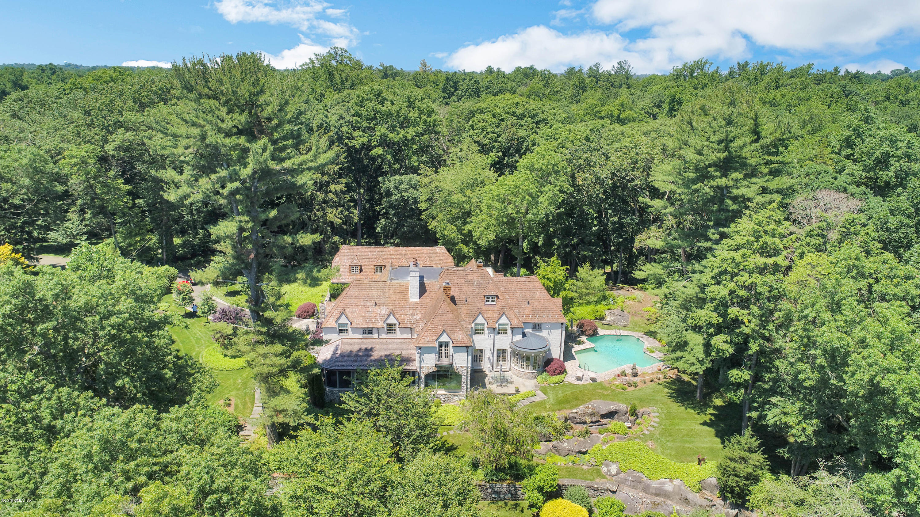 22 Frost Road,Greenwich,Connecticut 06830,6 Bedrooms Bedrooms,8 BathroomsBathrooms,Single family,Frost,105834