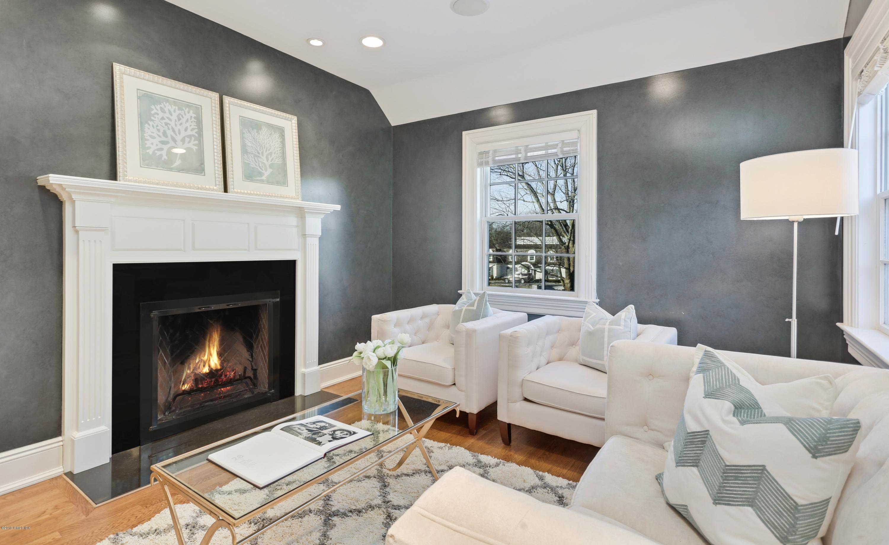 20 Lindsay Drive,Greenwich,Connecticut 06830,5 Bedrooms Bedrooms,6 BathroomsBathrooms,Single family,Lindsay,107273