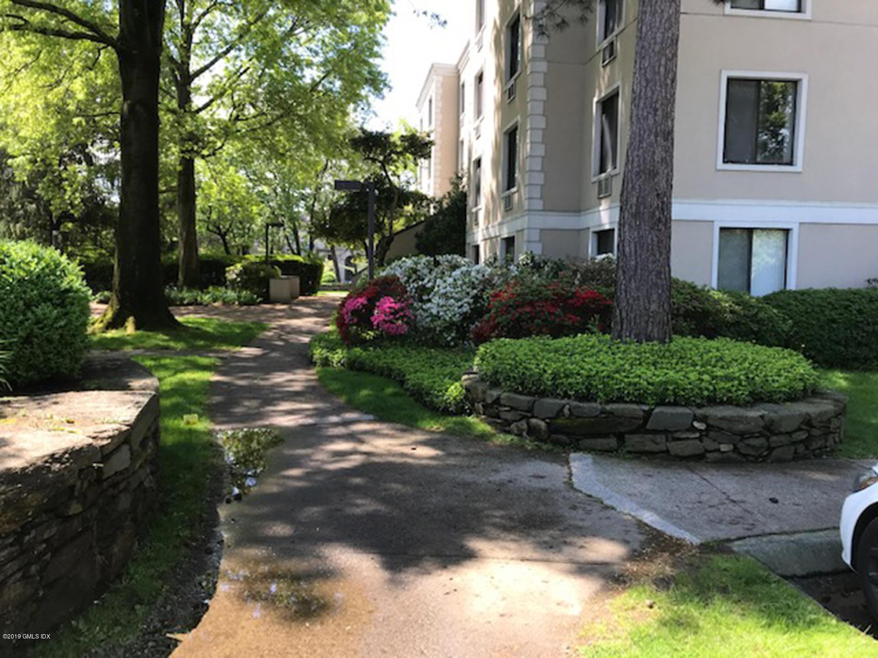 1525 Putnam Avenue,Old Greenwich,Connecticut 06870,1 Bedroom Bedrooms,1 BathroomBathrooms,Condominium,Putnam,107323