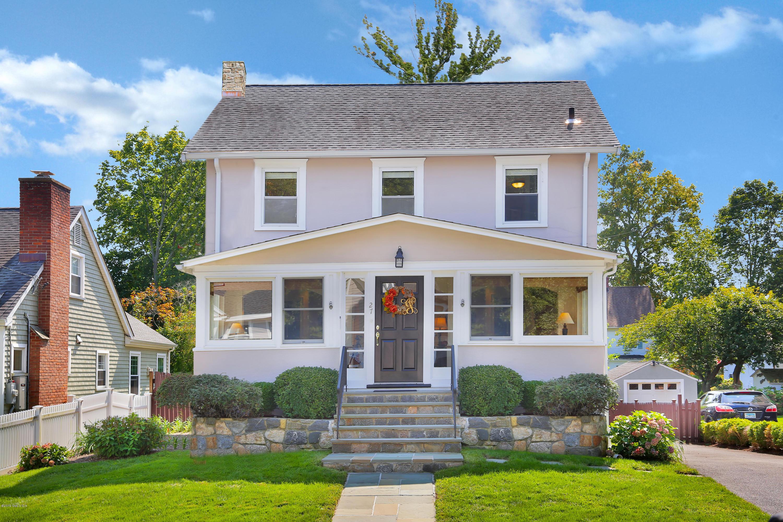 27 Pleasant Street,Cos Cob,Connecticut 06807,3 Bedrooms Bedrooms,2 BathroomsBathrooms,Single family,Pleasant,107331