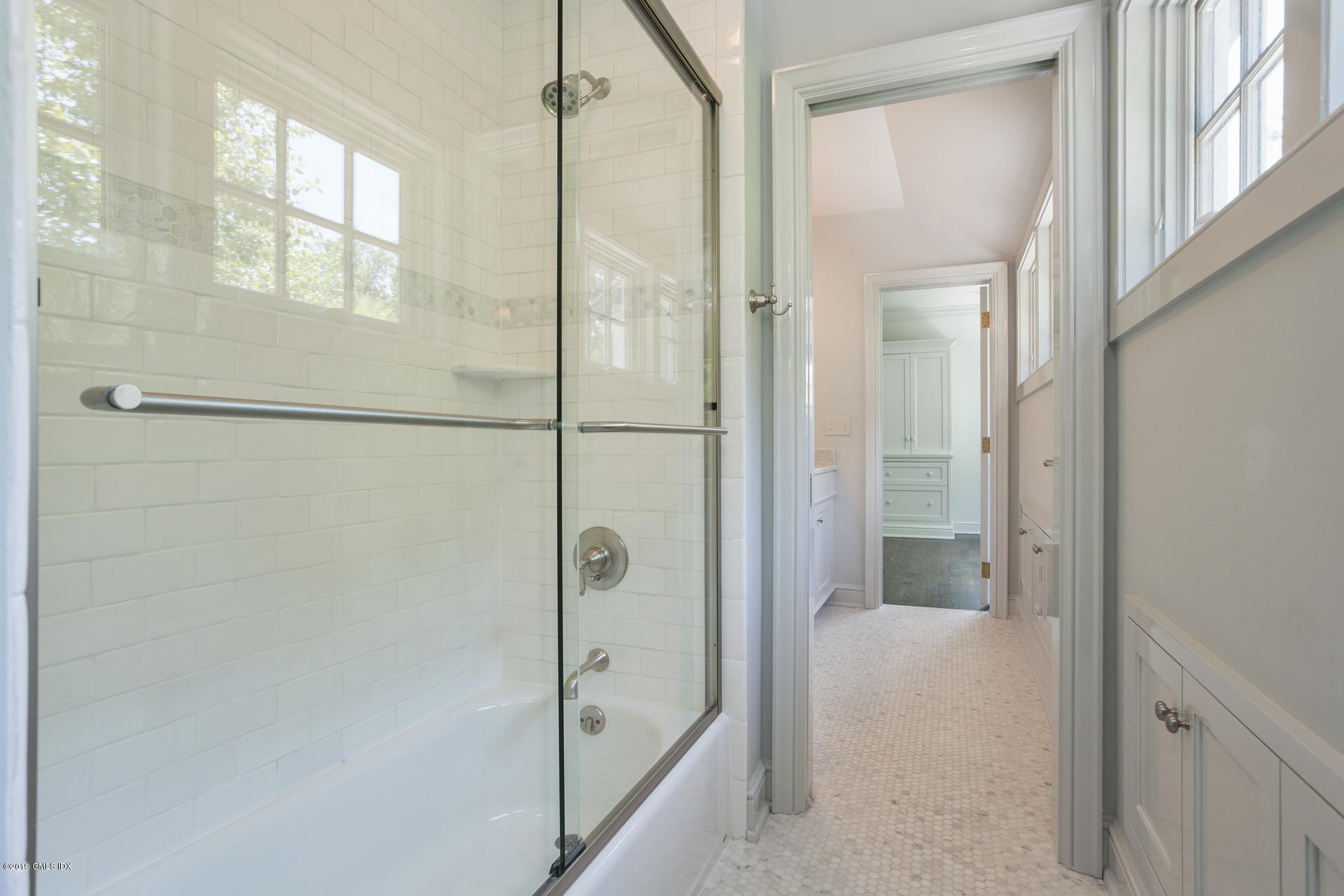 64 Old Church Road,Greenwich,Connecticut 06830,5 Bedrooms Bedrooms,4 BathroomsBathrooms,Single family,Old Church,107268