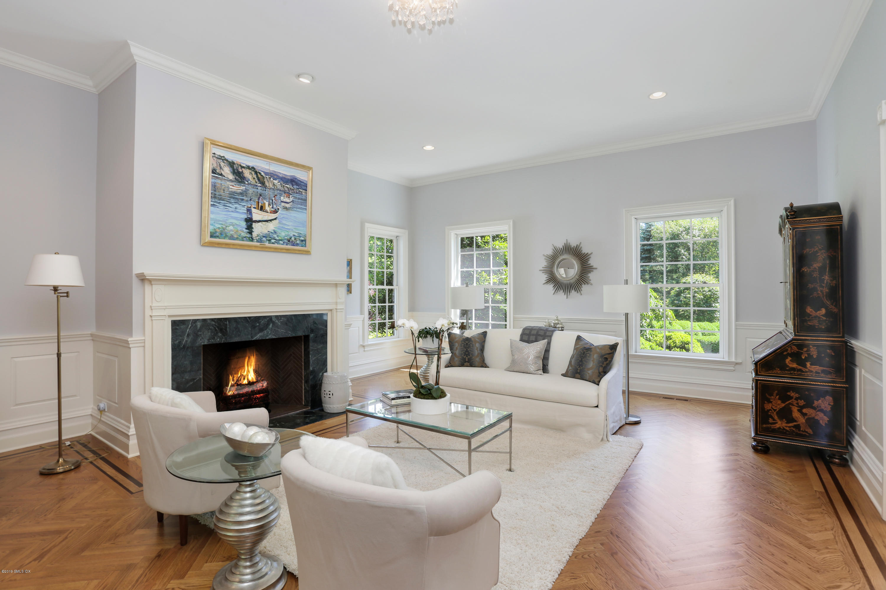 15 Knollwood Drive Greenwich, CT 06830