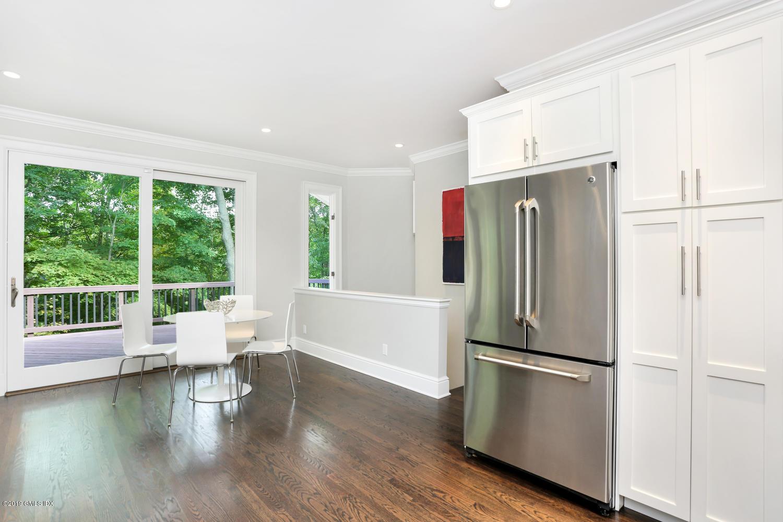 1 Lia Fail Way,Cos Cob,Connecticut 06807,3 Bedrooms Bedrooms,2 BathroomsBathrooms,Single family,Lia Fail,107758