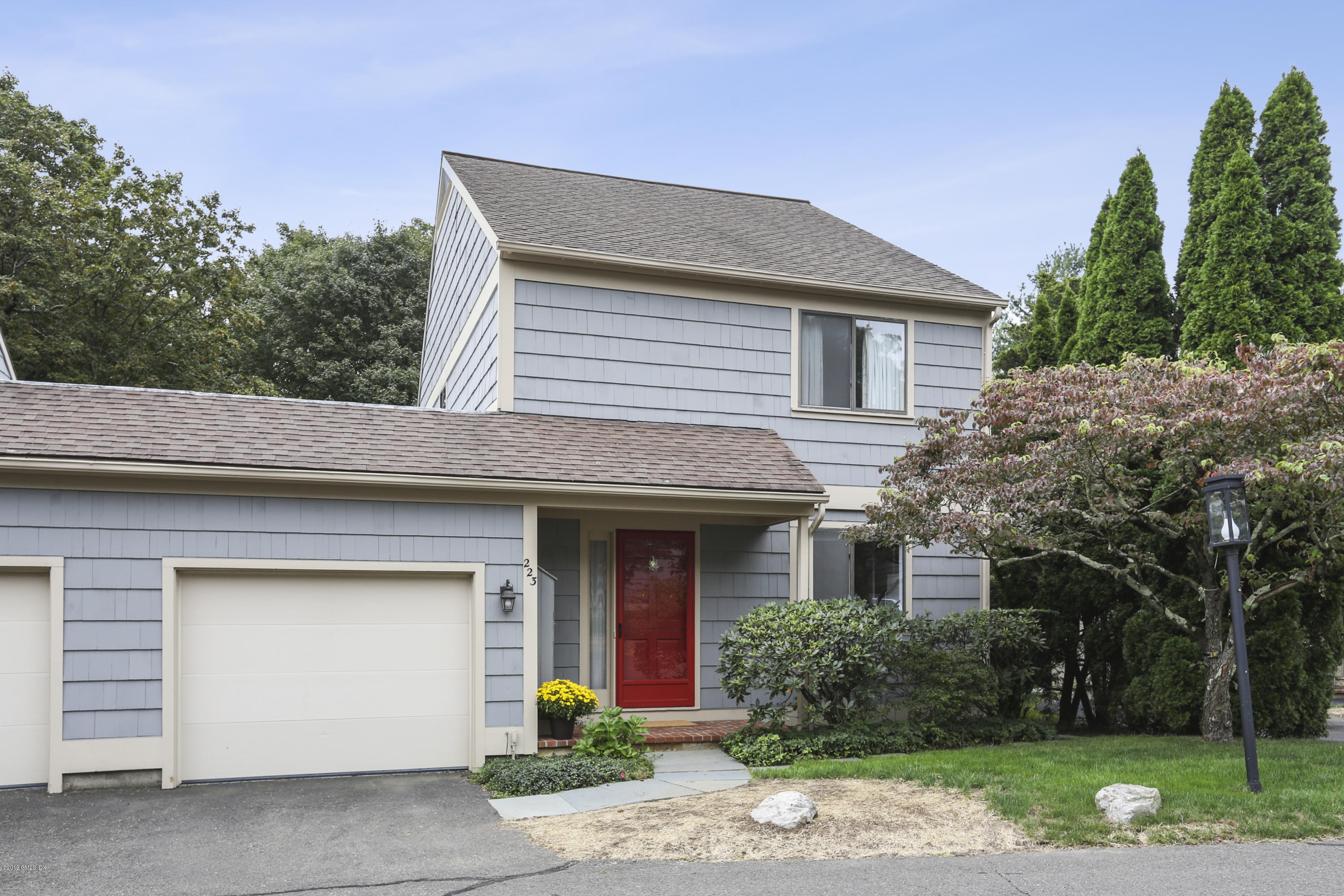 223 Lyon Farm Drive,Greenwich,Connecticut 06831,2 Bedrooms Bedrooms,2 BathroomsBathrooms,Condominium,Lyon Farm,107844