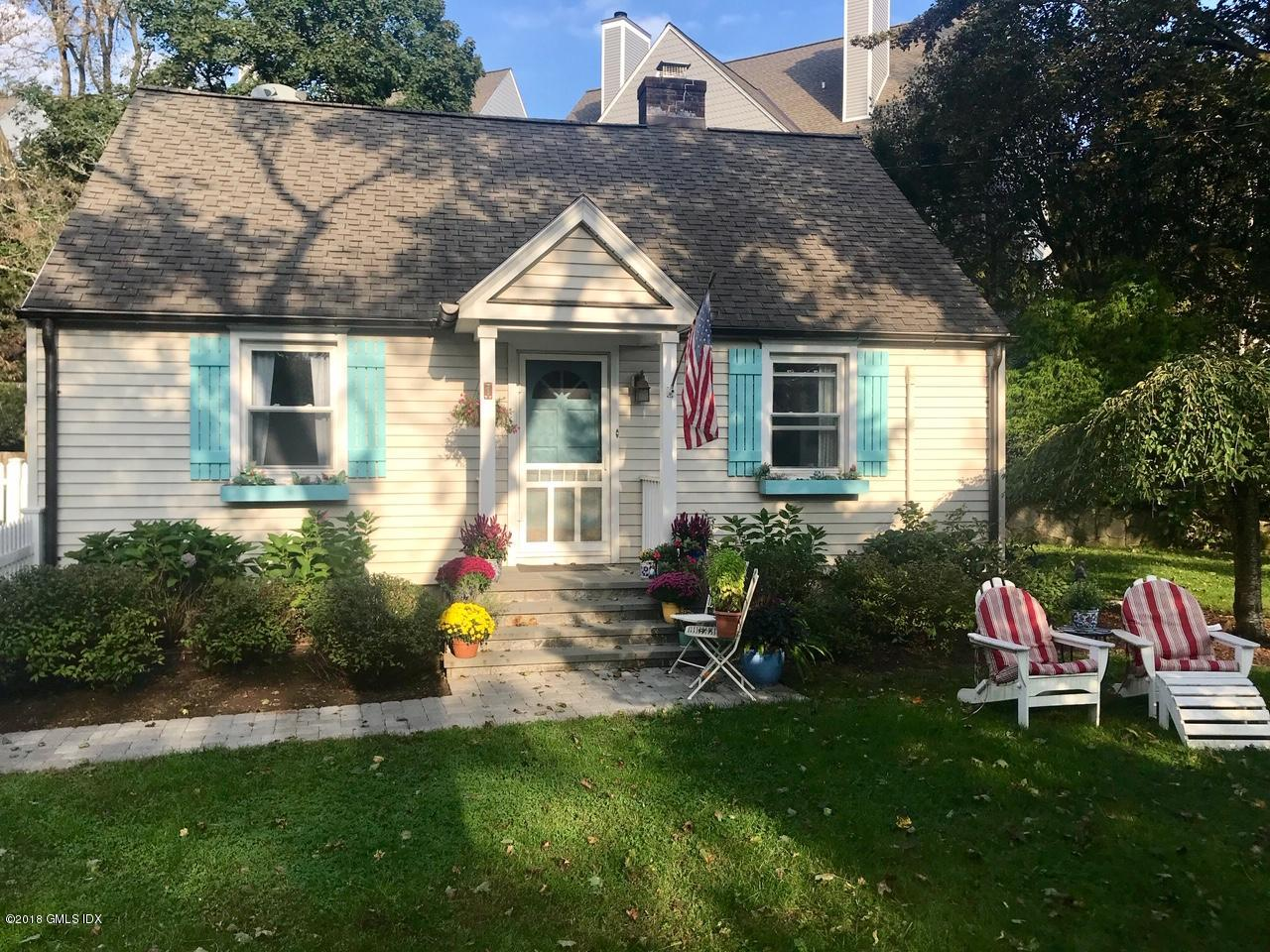 1 Idlewild Manor Greenwich,Connecticut 06830,3 Bedrooms Bedrooms,2 BathroomsBathrooms,Single family,Idlewild Manor,108040