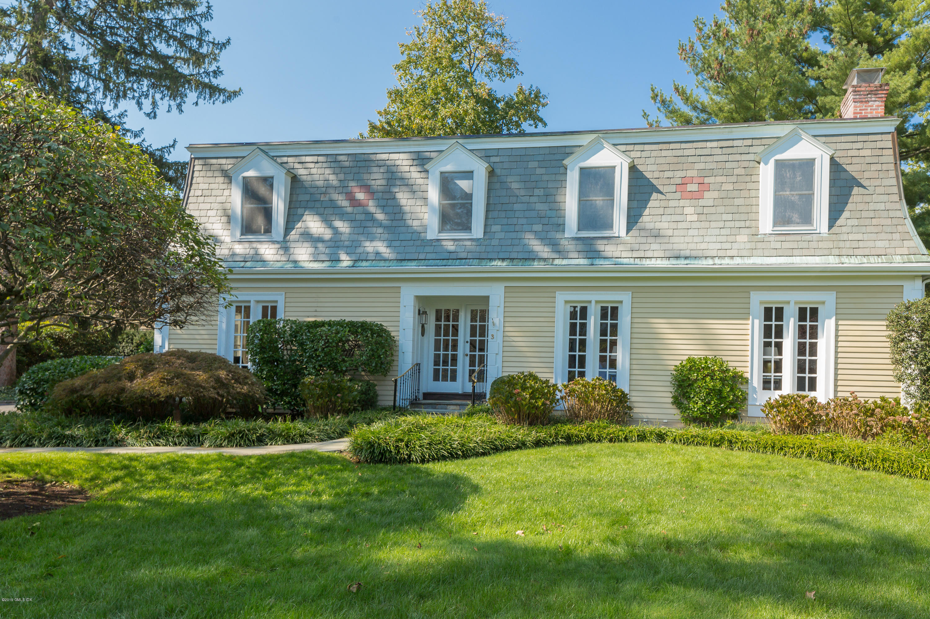 2 Old Church Road,Greenwich,Connecticut 06830,3 Bedrooms Bedrooms,4 BathroomsBathrooms,Condominium,Old Church,105021