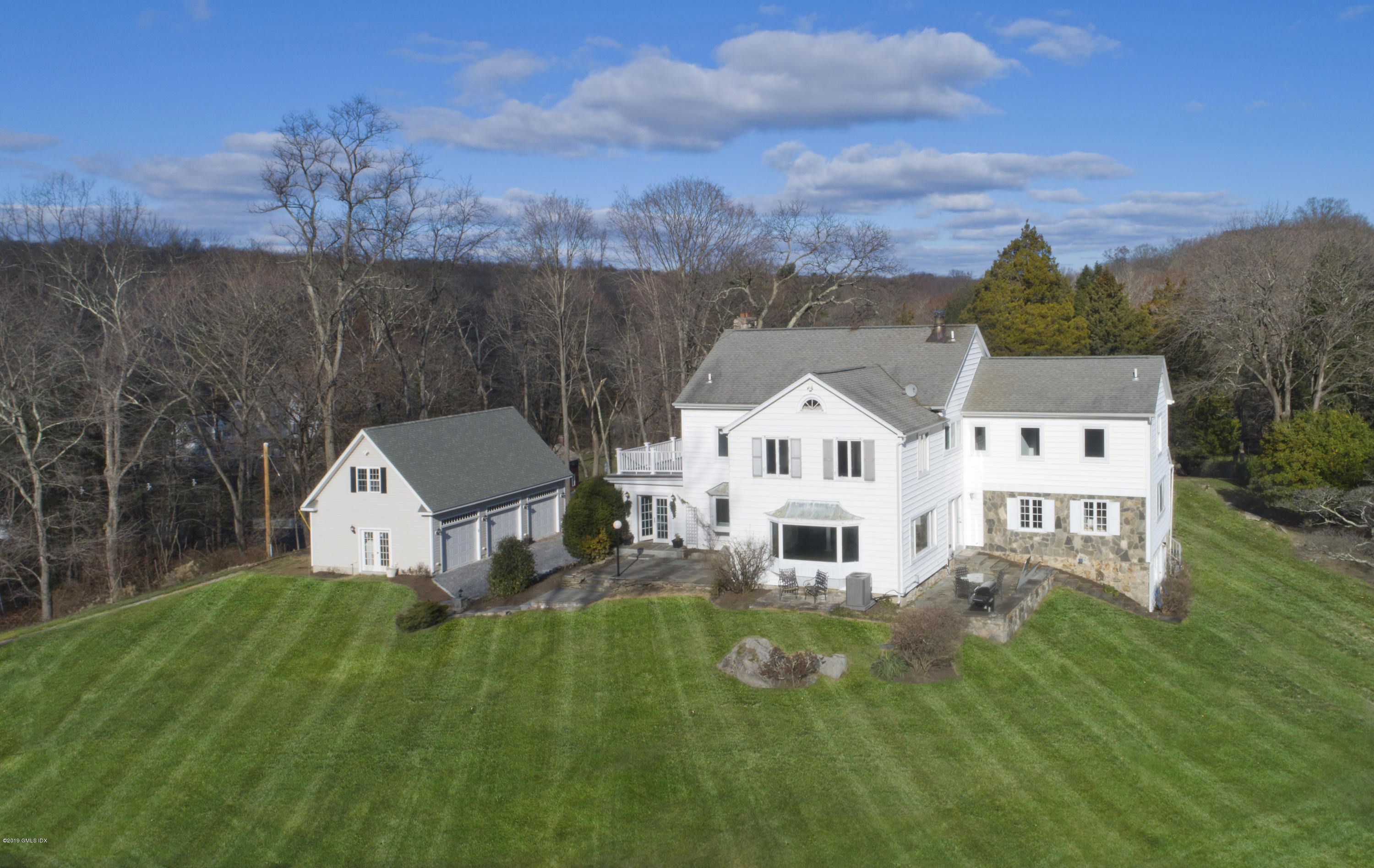 100 Cat Rock Road,Cos Cob,Connecticut 06807,5 Bedrooms Bedrooms,4 BathroomsBathrooms,Single family,Cat Rock,108074