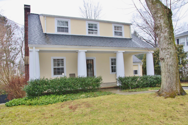 37 Butler Street,Cos Cob,Connecticut 06807,3 Bedrooms Bedrooms,2 BathroomsBathrooms,Single family,Butler,108308