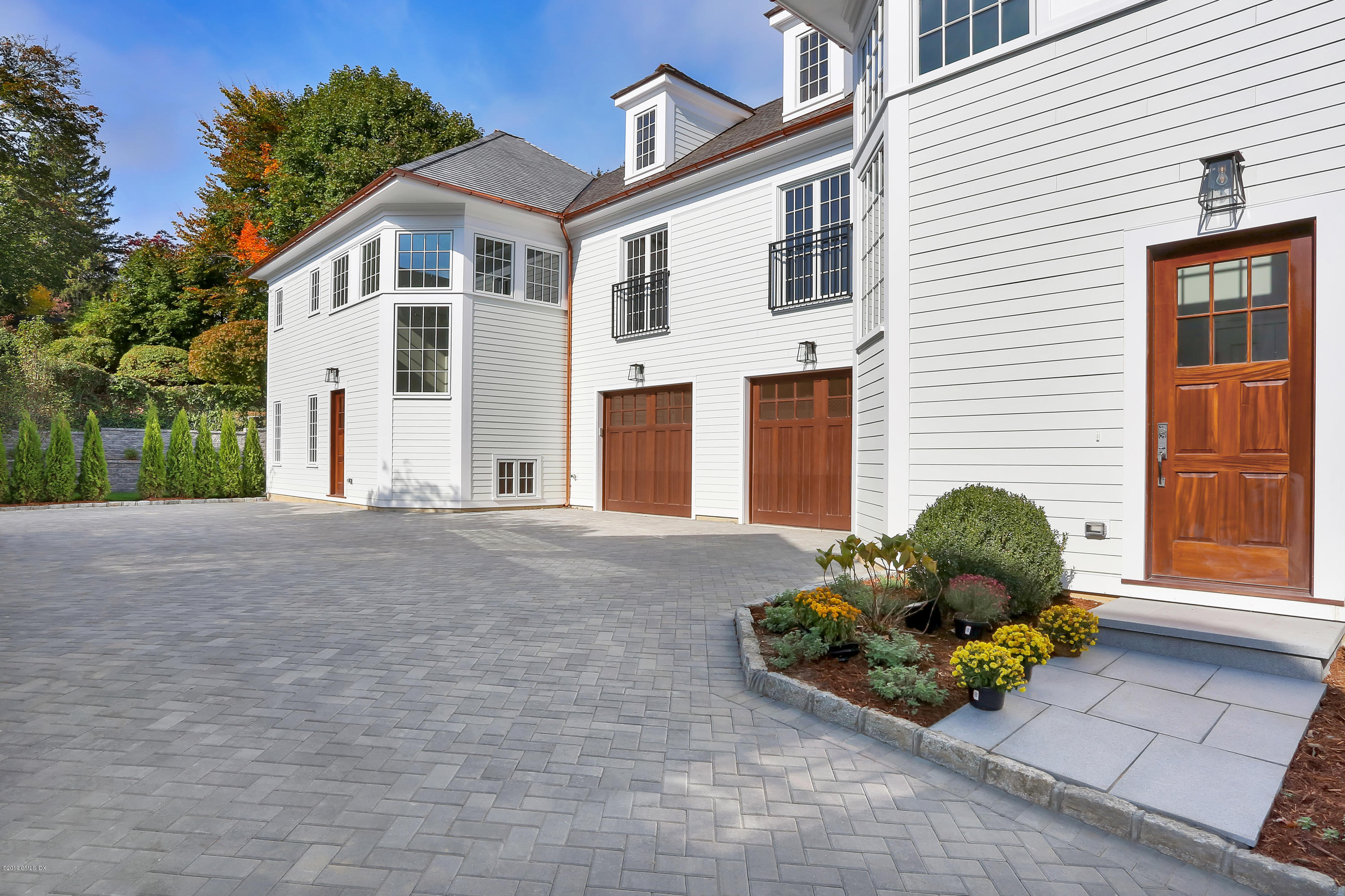 80 Milbank Avenue,Greenwich,Connecticut 06830,4 Bedrooms Bedrooms,4 BathroomsBathrooms,Condominium,Milbank,108324