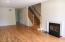Living Room w/Fireplace Views