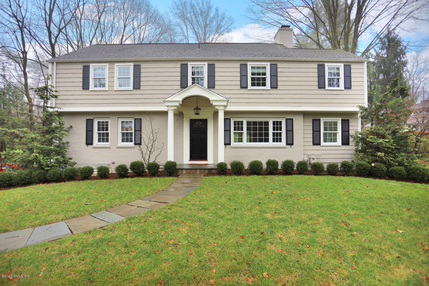 17 Hillside Drive,Greenwich,Connecticut 06830,5 Bedrooms Bedrooms,4 BathroomsBathrooms,Single family,Hillside,108558