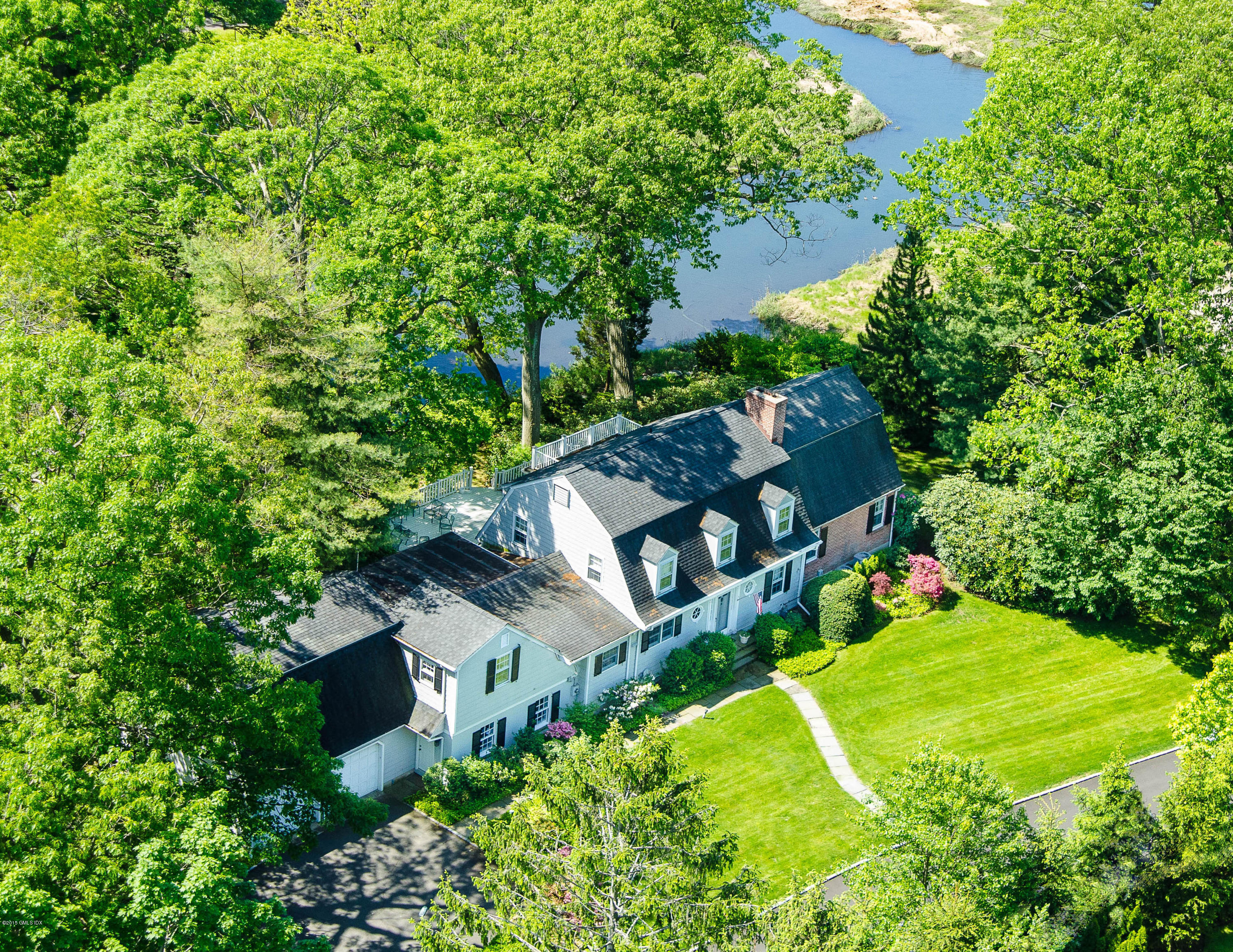 8 Indian Point Lane,Riverside,Connecticut 06878,4 Bedrooms Bedrooms,3 BathroomsBathrooms,Single family,Indian Point,108617