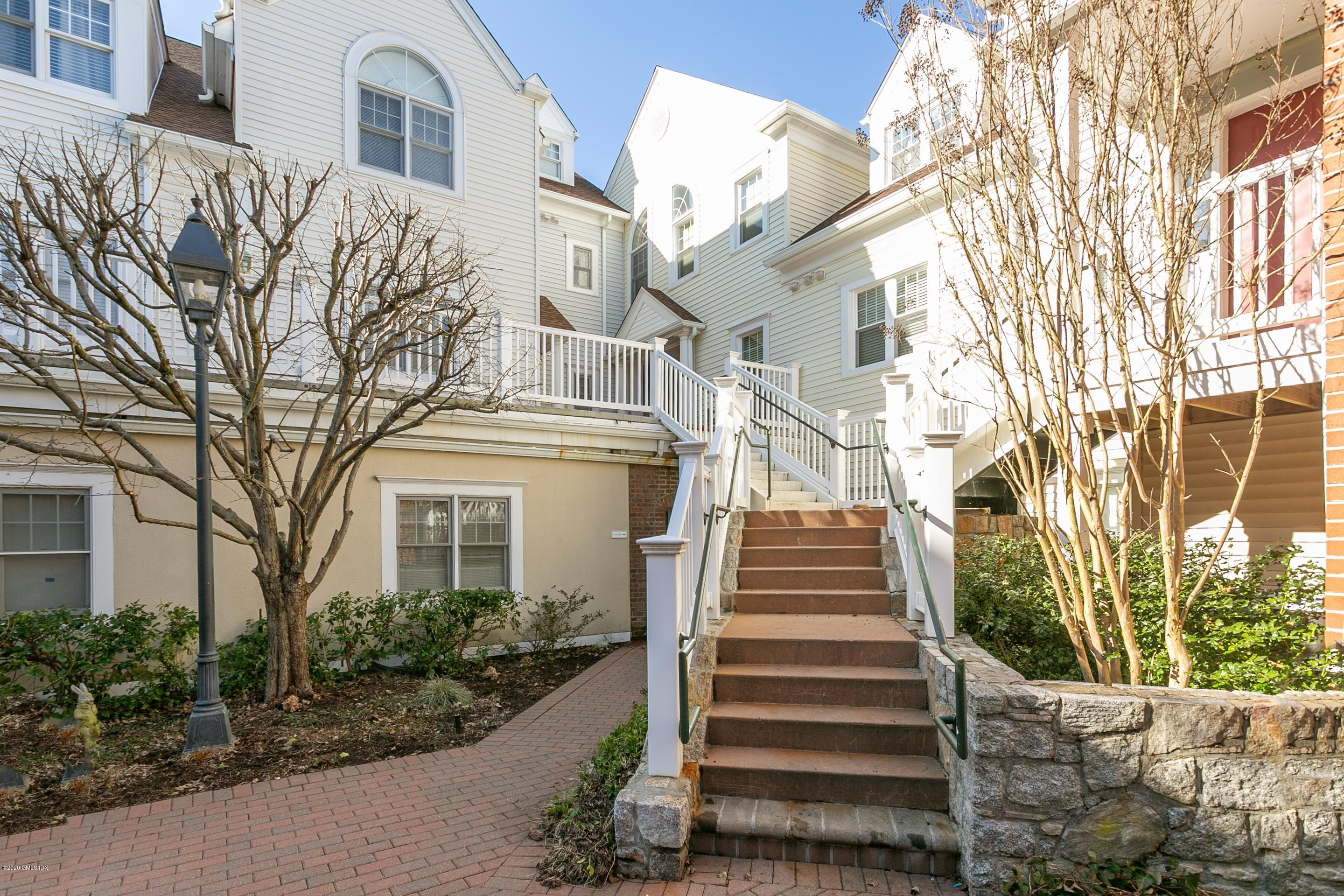51 Forest Avenue,Old Greenwich,Connecticut 06870,3 Bedrooms Bedrooms,3 BathroomsBathrooms,Condominium,Forest,108610