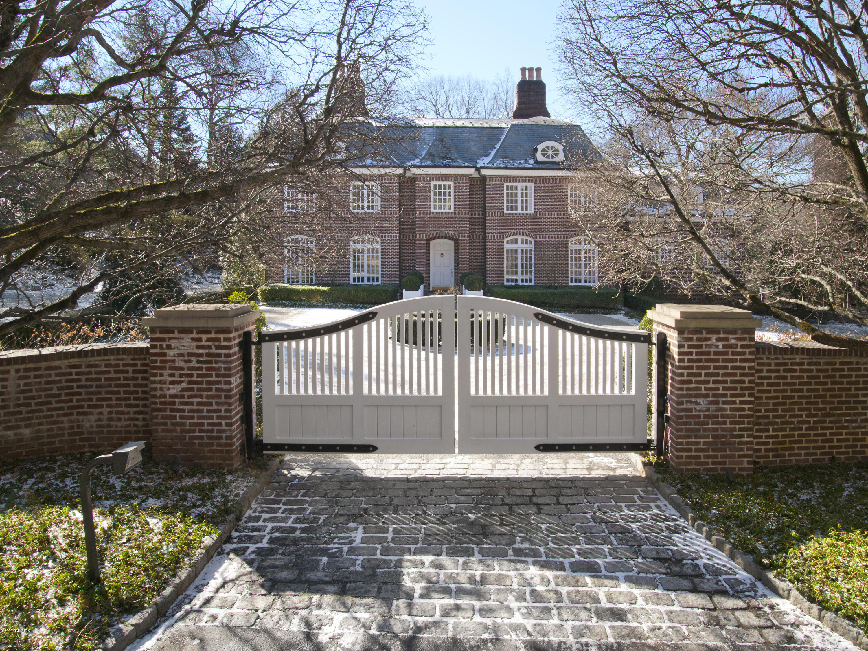 50 Vineyard Lane Greenwich, CT 06831