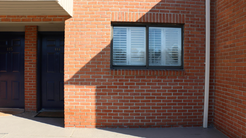 11 River Road,Cos Cob,Connecticut 06807,2 Bedrooms Bedrooms,2 BathroomsBathrooms,Condominium,River,108548