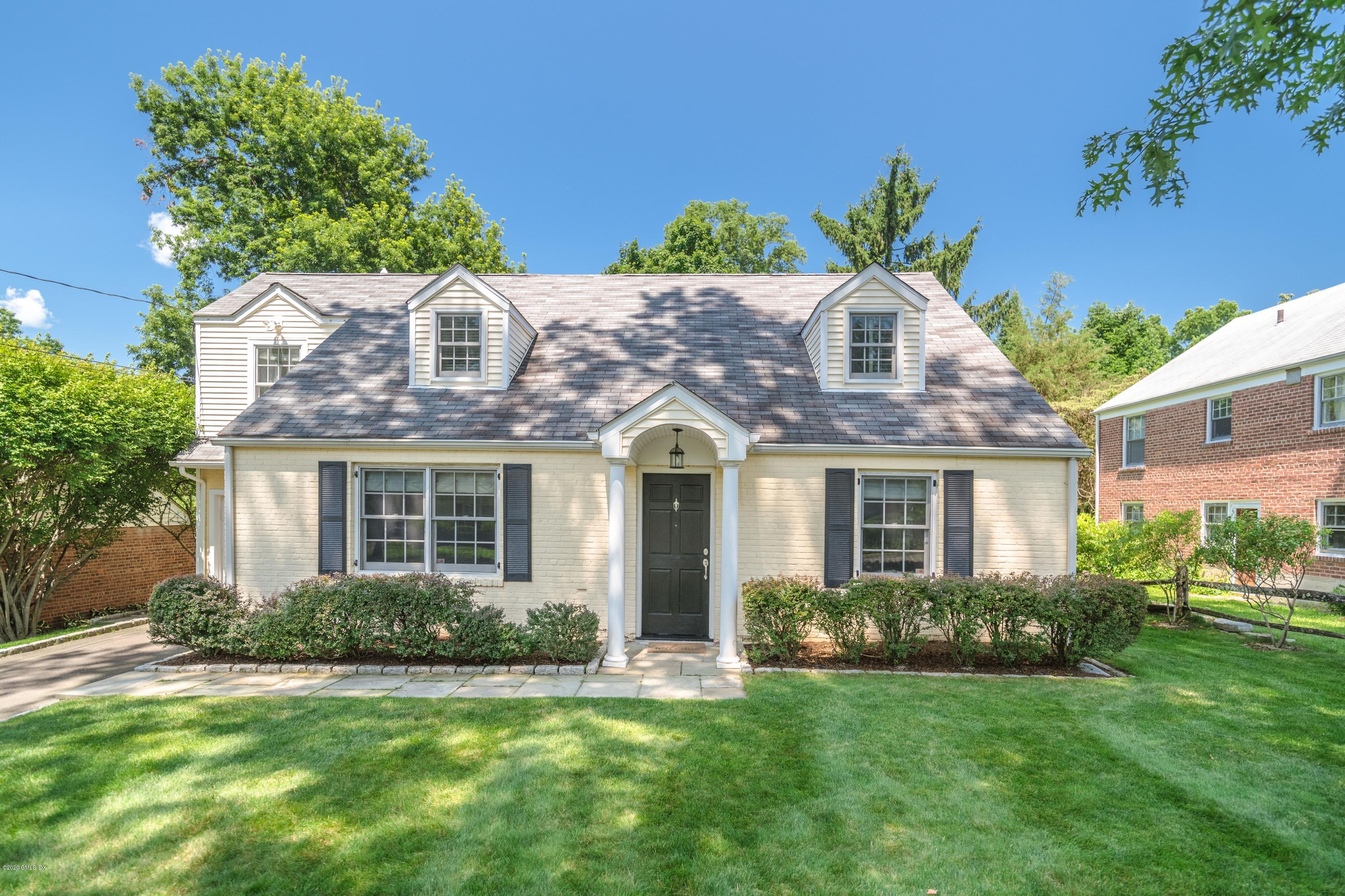 11 Halsey Drive,Old Greenwich,Connecticut 06870,4 Bedrooms Bedrooms,3 BathroomsBathrooms,Single family,Halsey,108938