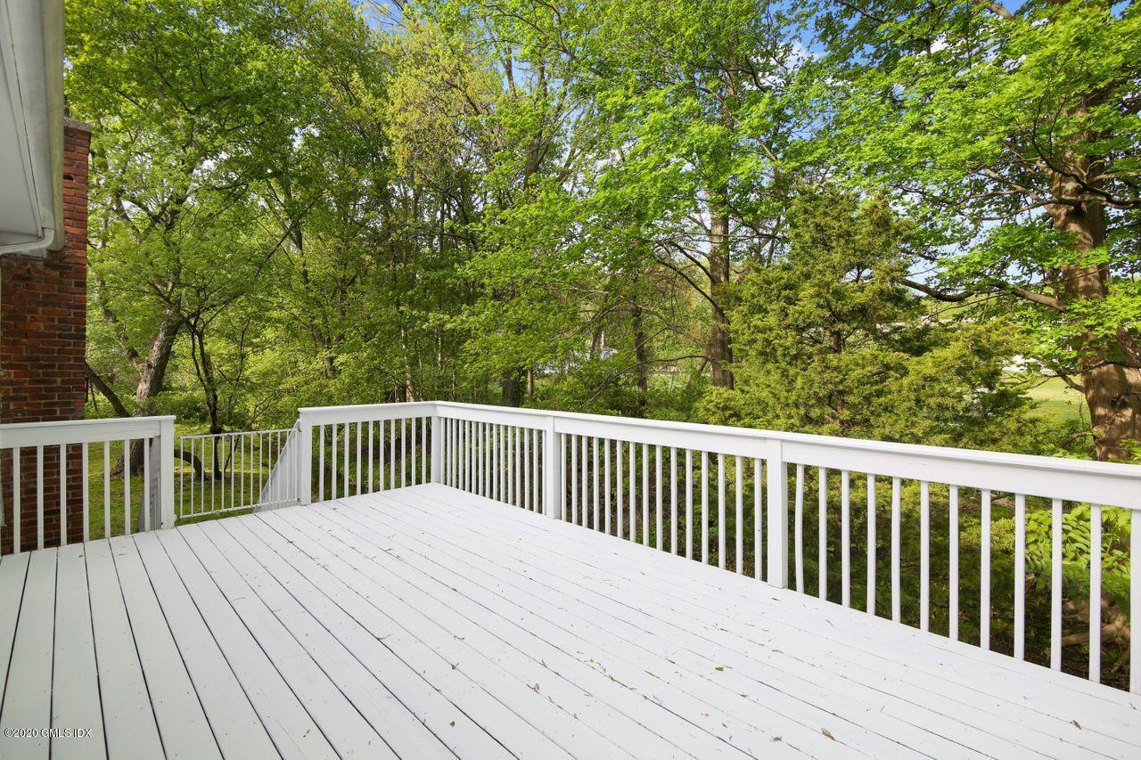 63 Lancer Road, Riverside, Connecticut 06878, 5 Bedrooms Bedrooms, ,4 BathroomsBathrooms,Single family,For sale,Lancer,109757