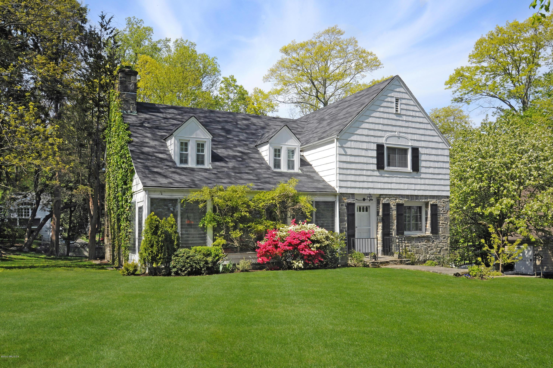 25 Wesskum Wood Road, Riverside, Connecticut 06878, 4 Bedrooms Bedrooms, ,3 BathroomsBathrooms,Single family,For sale,Wesskum Wood,107634