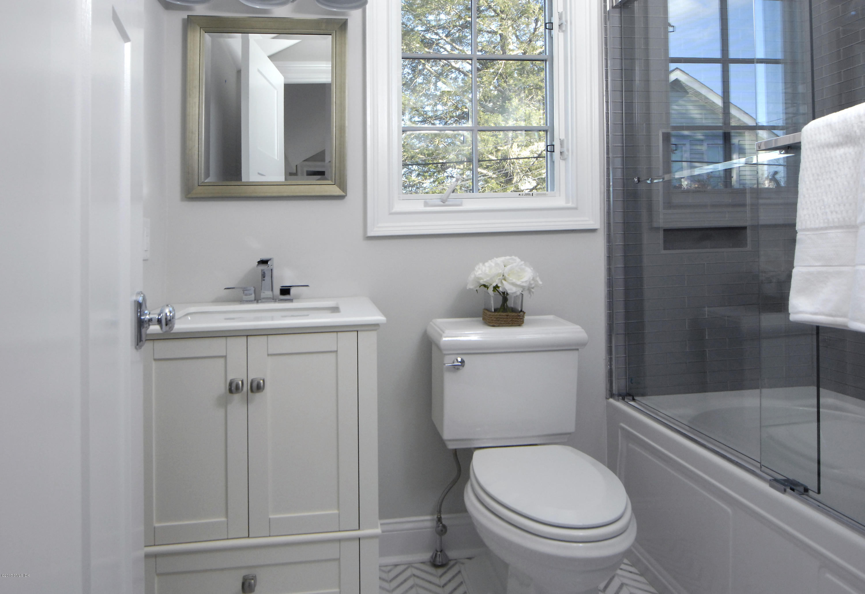 183 Connecticut Avenue, Greenwich, Connecticut 06830, 3 Bedrooms Bedrooms, ,2 BathroomsBathrooms,Single family,For sale,Connecticut,109897