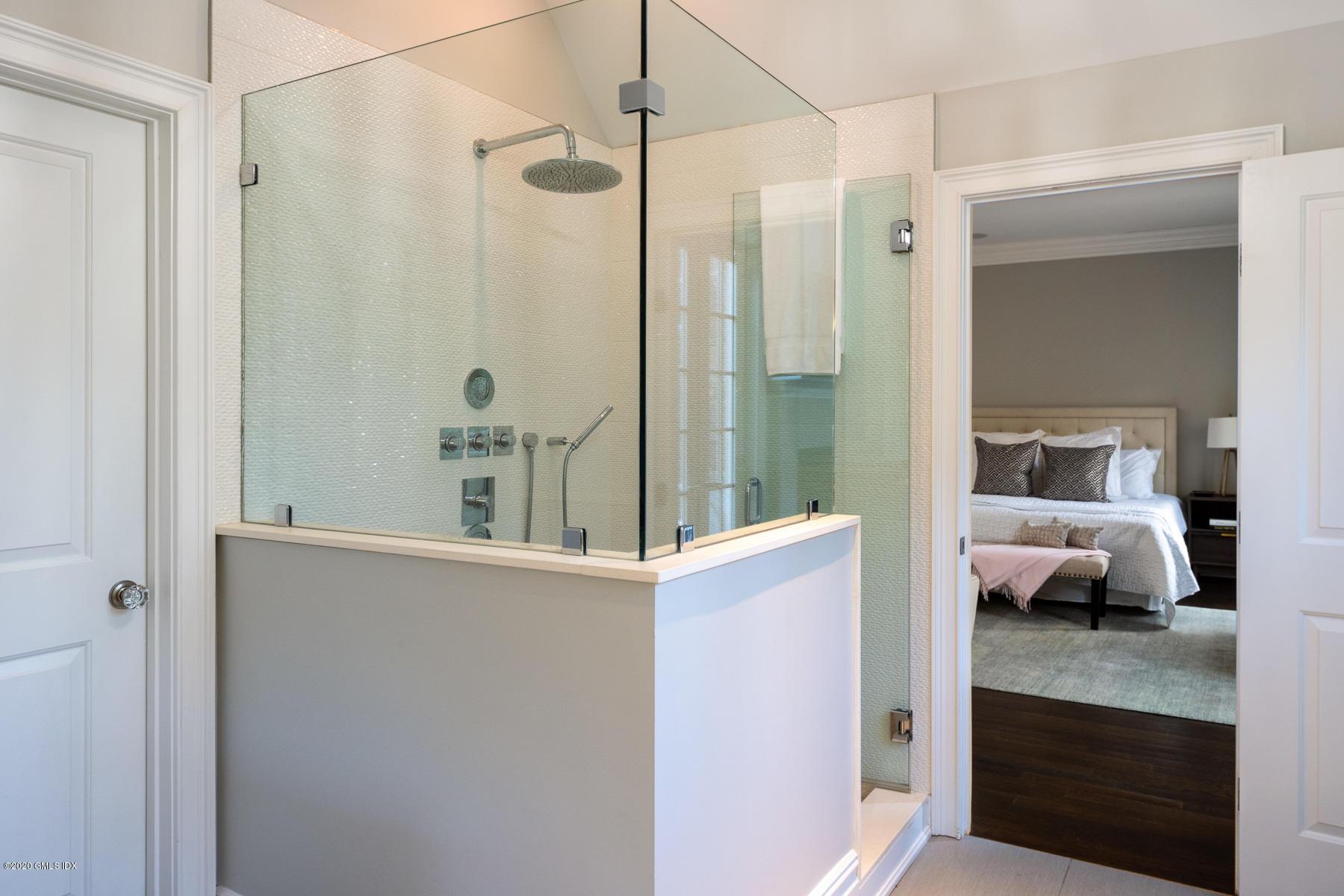 16 Binney Lane, Old Greenwich, Connecticut 06870, 5 Bedrooms Bedrooms, ,5 BathroomsBathrooms,Single family,For sale,Binney,110157