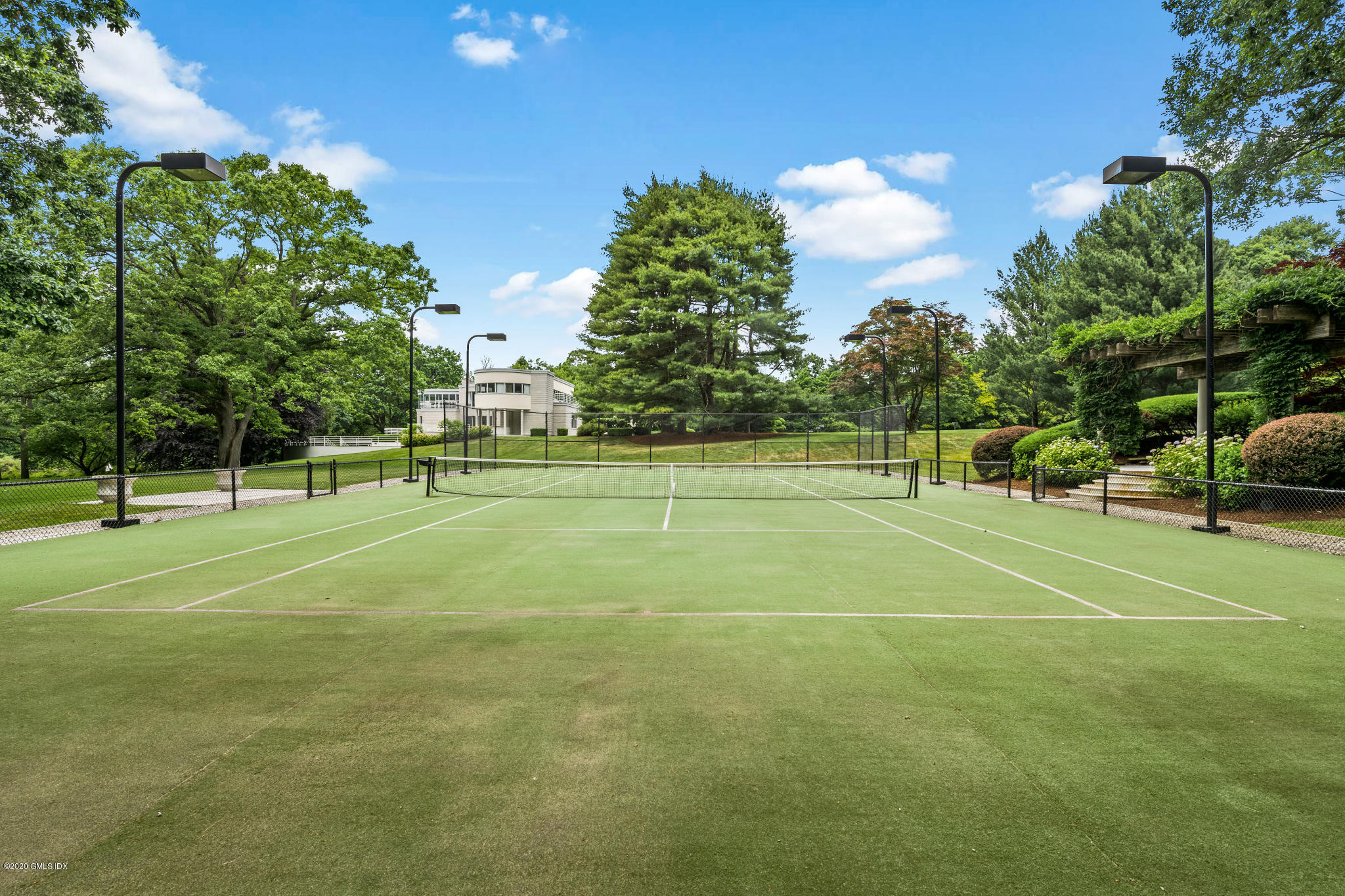 66 Cherry Valley Road Greenwich, CT 06831