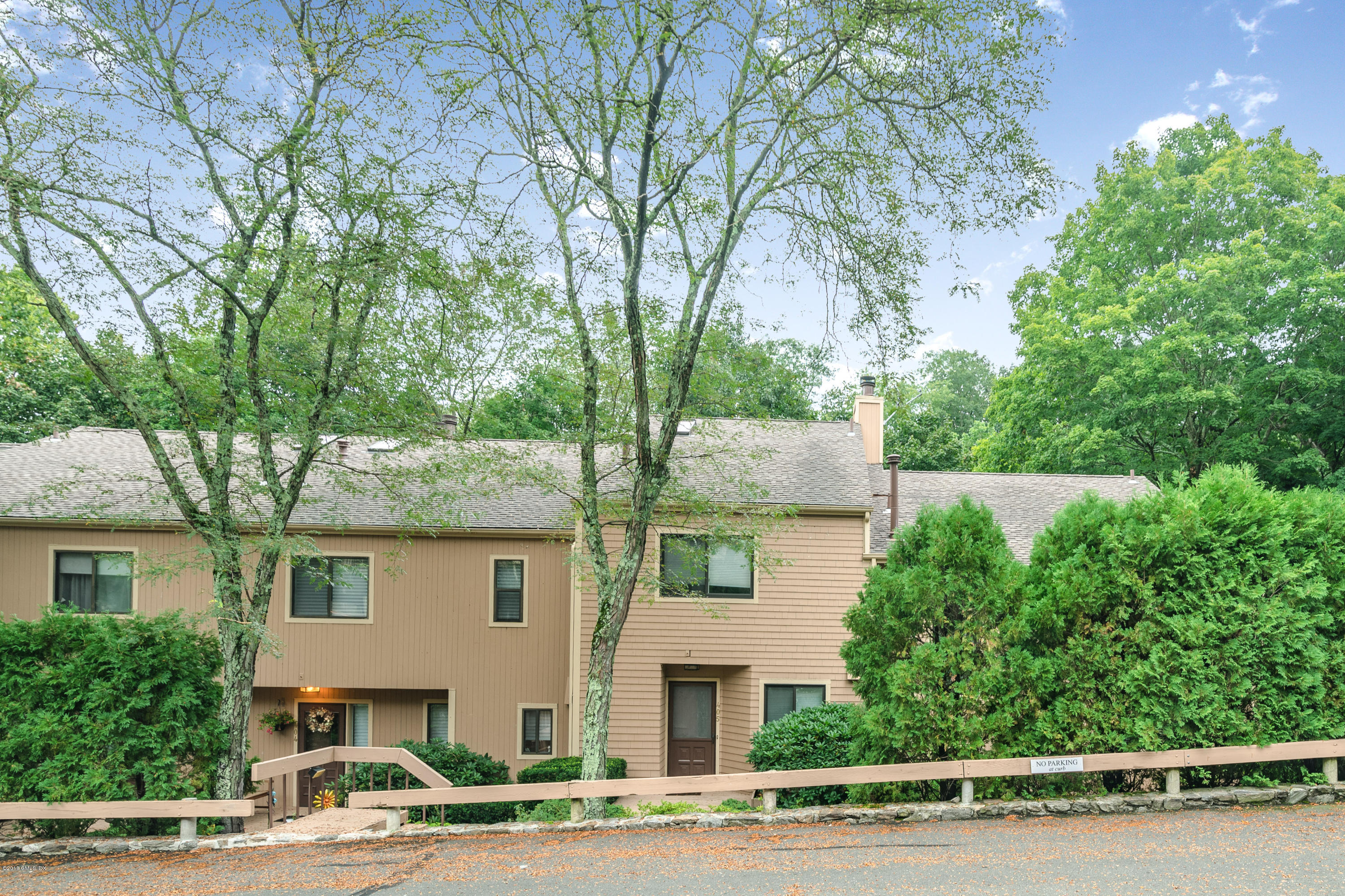 45 Ettl Lane, Greenwich, Connecticut 06831, 2 Bedrooms Bedrooms, ,3 BathroomsBathrooms,Condominium,For sale,Ettl,110534