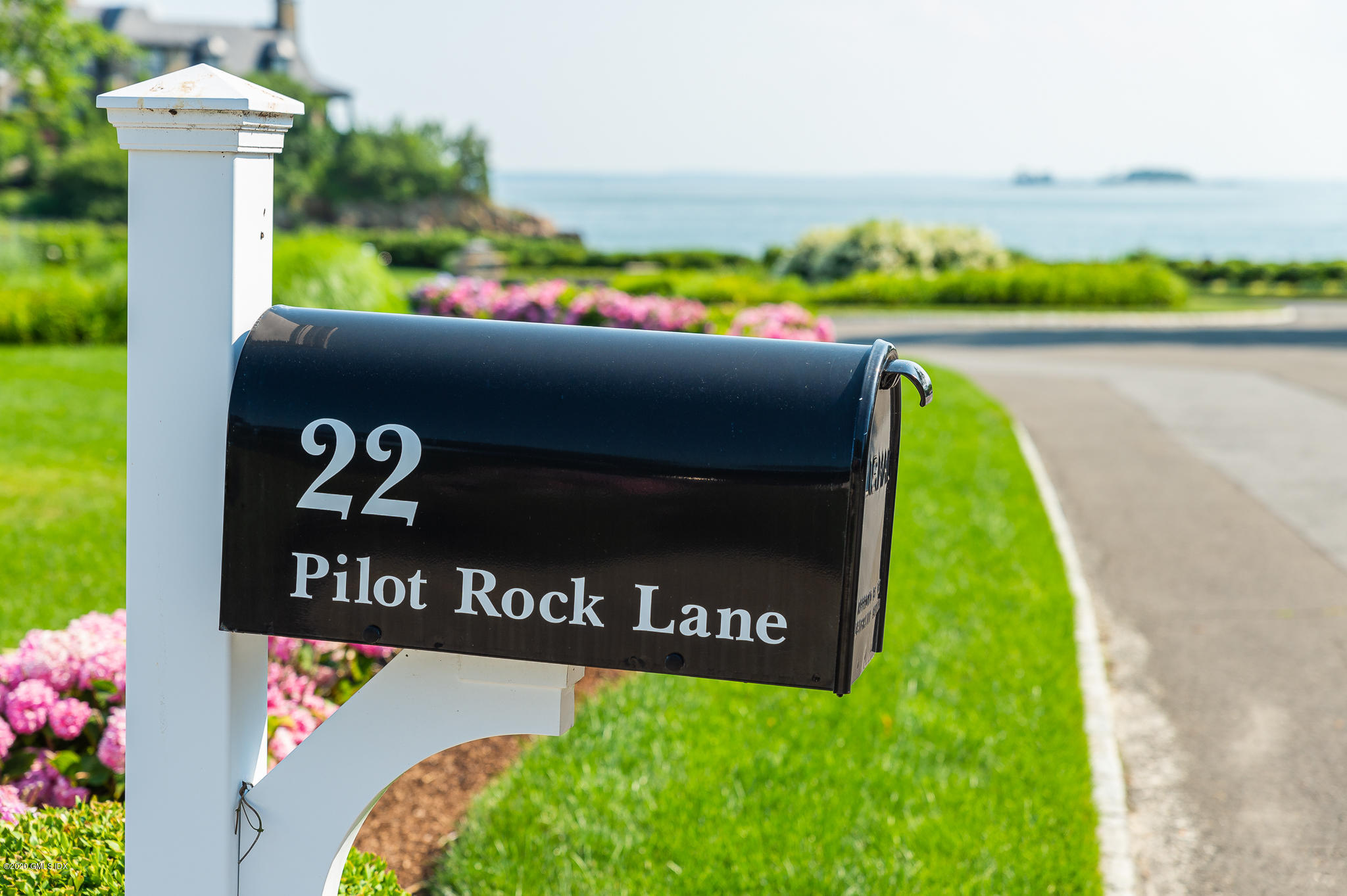 22 Pilot Rock Lane Riverside, CT 06878