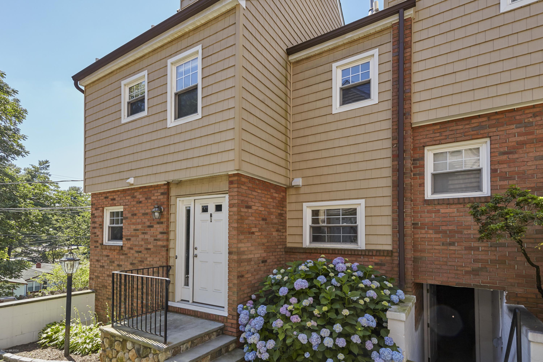 Greenwich, Connecticut 06830, 2 Bedrooms Bedrooms, ,2 BathroomsBathrooms,Condominium,For Rent,110475