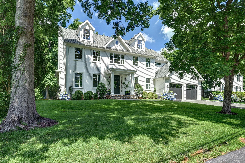 8 Dorchester Lane, Riverside, Connecticut 06878, 4 Bedrooms Bedrooms, ,3 BathroomsBathrooms,Single family,For sale,Dorchester,110542